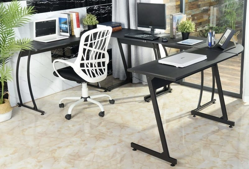 Convenient sturdy types computer desks